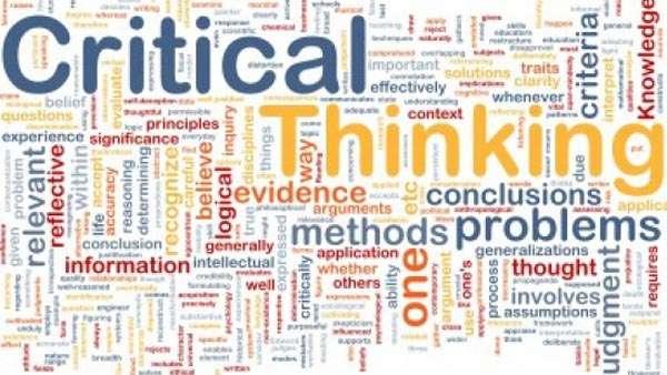 arhitect-gândire-critică