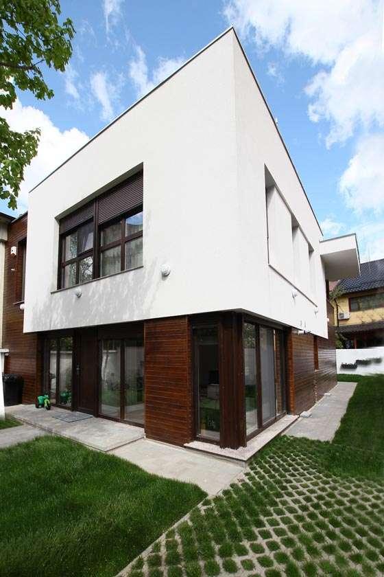 Proiect de casă cu arhitectură contemporană - București, Cartierul Berceni