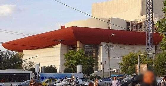 Teatrul Național, reconstruit conform proiectului inițial din anii 70, Arhitect Romeo Belea, foto Costin Gheorghe